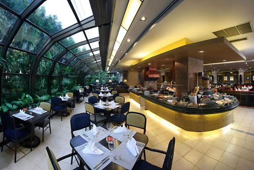 Amari Don Muang Hotel Restaurant