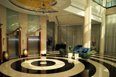 Lobby no Millennium Airport Hotel Dubai